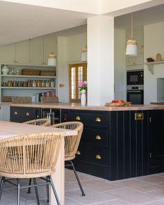Large Kitchen Island, Kitchen Islands, Shaker Kitchen, Sunday Brunch, Perfect Place, Kitchen Appliances, Table, Furniture, Home Decor
