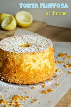Torta al Limone. A very soft and fragrant cake perfect for breakfast. Tall and elegant thanks to the chiffon cake mold. Cake Filling Recipes, Cookie Recipes, Dessert Recipes, Italian Desserts, Easy Desserts, Torta Chiffon, Tall Cakes, American Cake, Light Cakes