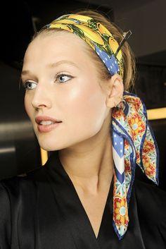 Bandana Head and Neck Tie Neckerchief,Pale Italian Style Curly Flowers In Squares Artistic Retro Composition,Headband