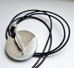Ketten lang - Kette aus Beton und Leder - ein Designerstück von SunGirl80 bei DaWanda