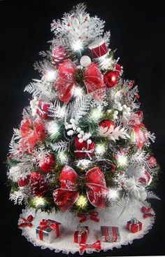 fully decorated mini tabletop christmas tree red and silver decorations 20 inches 50 clear mini lights tree skirt matching presents - Mini Christmas Tree Decorations