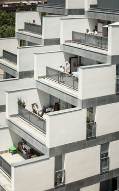 114 Public Housing Units by Sauquet Arquitectes i Associats, Carrer Leonardo Da Vinci, Sabadell, Barcelona, Spain - 2013.