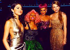 Taylor Swift, Niki Manaj, Katy Perry, and Selena Gomez  What happened to Katy's hair?!