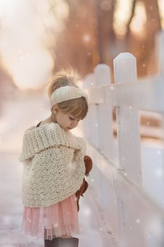 ❄️ Winter Pink ❄️ / Girl in Snow Little People, Little Ones, Little Girls, Baby Kind, Baby Love, Beautiful Children, Beautiful Babies, Cute Kids, Cute Babies