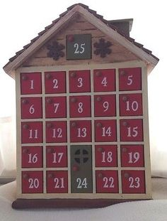 Advent+Christmas+Calendar:+Wooden,+Country+Style+with+Doors: