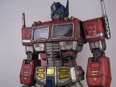 Optimus Prime Mecha Suit, Transformers Masterpiece, Transformers Optimus Prime, Gunpla Custom, Vinyl Toys, Toy Boxes, Cool Stuff, Nerd Stuff, Action Figures