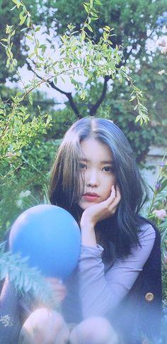 She is Perfect girl 💜💜💜 Korean Star, Korean Girl, Asian Girl, Actors Funny, Cute Actors, 80s Actresses, Korean Actresses, K Wallpaper, Iu Fashion