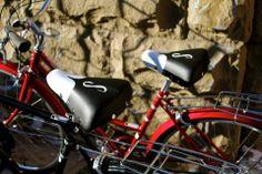 A pair of lovely red #Schwinn bikes #schwinnred