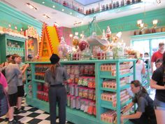 Harry Potter candy store at Universal Studios in Orlando Florida