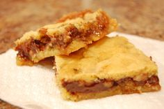 GOOEY TURTLE BARS  -- Uses a cake mix.  A layer of caramel.  A layer of chocolate.  A layer of pecans.  How can you go wrong with that?