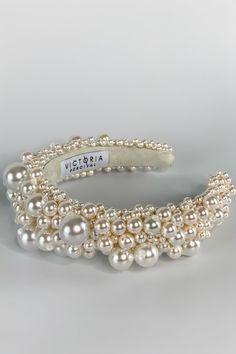 Luxury bridal accessories, tiaras, crowns, vines and statement earrings. Wedding Hair Accessories, Wedding Jewelry, Jewelry Accessories, Fashion Accessories, Pearl Headband, Crown Headband, Cute Jewelry, Hair Jewelry, Geek Jewelry