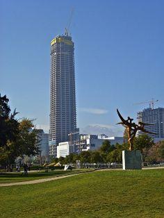 Parque de las esculturas, Providencia, Santiago de Chile City Flags, Santiago Chile, Future Travel, Cityscapes, Wine Country, Willis Tower, South America, Singapore, Travel Inspiration