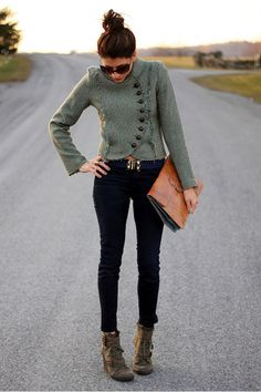 Love that cropped sweater and peg jeans