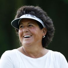 Nancy Lopez ~ An American professional golfer. She became a member of the LPGA Tour in 1977 and won 48 LPGA Tour events during her LPGA career, including three major championships. Famous Golfers, Womens Golf Wear, Lpga Tour, Golf Training Aids, Sports Personality, Billie Jean King, Golf Outfit, Women Life, Ladies Golf