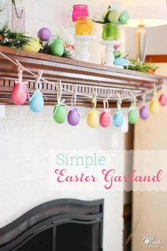 Crafts ~ Make a Egg Garland in 5 minutes Easter crafts. Make a quick and adorable 5 minute egg garland. Perfect for you Easter/Spring mantel. Make a quick and adorable 5 minute egg garland. Perfect for you Easter/Spring mantel. Easter Projects, Easter Crafts, Holiday Crafts, Spring Crafts, Easter Ideas, Hoppy Easter, Easter Eggs, Easter Table, Easter Bunny