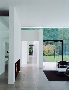 TheSkywood House Designed By Architect Graham Phillips