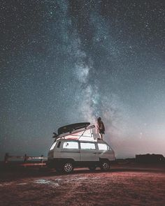 Living In Van Life Travel Photography Living In Van Life Travel Photography By Committing To The Van Movement People Are Making Major Life Decisions Quitting Jobs Cancell. T3 Bus, Vw Bus T2, Volkswagen, Kombi Motorhome, Road Trip, Living On The Road, Bus Life, Camping Photography, Van Living