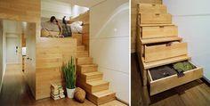 Al hilo de pensar cómo almacenar y sin ser una escalera en si, ¿qué os parece esta cajonera vertical que permite en sí misma llegar hasta el último cajón?