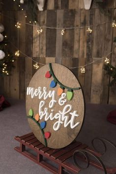 LOVE this wood sign! Merry and Bright Sign, Christmas Wood Sign, Christmas Decor… – The Best DIY Outdoor Christmas Decor Modern Christmas Decor, Christmas Signs Wood, Outdoor Christmas Decorations, Outdoor Decor, Winter Christmas, Christmas Holidays, Christmas Things, Christmas Projects, Holiday Crafts
