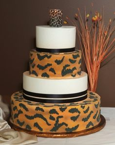 Love it. . . . .would love to have a Tiger themed wedding. .  . . .LOL