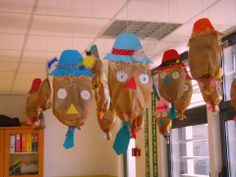 .scarecrow craft Scarecrow Crafts, Kids Fall Crafts, Preschool, Autumn, Classroom, Space, Ideas, Activities, Stuff Stuff