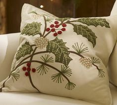 Beauty in the Attempt: ready {RED-ee} for christmas Applique Pillows, Wool Applique Patterns, Sewing Pillows, Embroidery Patterns, Diy Embroidery, Christmas Cushions, Christmas Pillow, Felt Christmas, Christmas Crafts