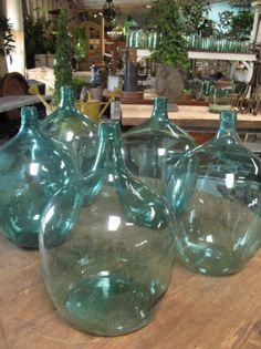 When I went to italy there were demijohn bottles everywhere for pennies.  I want one so bad but refuse to pay the big price tag here in the US.