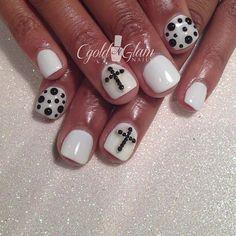 @Ashley Walters Alexander BW #gelnails #cgoldnglamnails #studs #nailgasm #nailswag #iheartnailart #lookatthosenails #vegas_nay #gelpolish