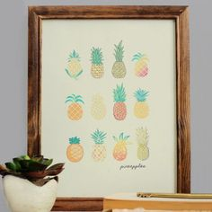 Free Pineapple Printable for your home, dorm room, or office!