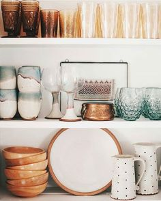 It's official. I will be thrifting today on the lookout for more kitchen goodies. Thanks for the inspiration @indigo0ocean! From  #thisiswhyihavetothriftshopeveryday
