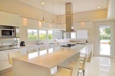 46 Great Examples of White Contemporary Kitchen Cabinets White Contemporary Kitchen, Contemporary Kitchen Cabinets, New Kitchen Cabinets, Contemporary Decor, Contemporary Stairs, Contemporary Building, Contemporary Cottage, Contemporary Apartment, Contemporary Chandelier
