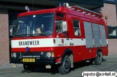 Roepnummer:672 / Kenteken: 02-TB-18 / Type voertuig:WaterOngevallen/Slangenwagen / Merk & Type: Magirus Deutz 90M66FV / Opbouw: Motorkracht / Bouwjaar: 1980 / In dienst: 1980 / Uit dienst: 1996 / Standplaats: Amersfoort