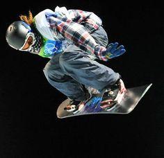 Shawn White-my snowboarding role model Snowboarding Brands, Shaun White Snowboarding, Oakley Goggles, Shawn White, Sports Personality, Kodak Moment, Longboarding, I Cool, Winter Olympics
