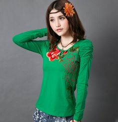 Modern Chinese Style: Chinese T-shirt with Princess Sleeves and Embroideries: Peony Princess $59.99 (45,20 €)
