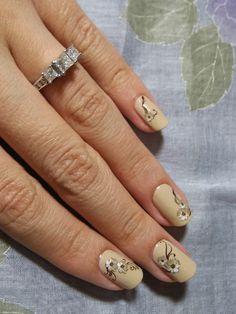 Nails by Asami