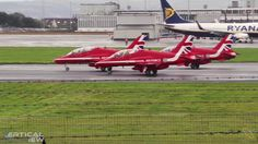 Red Arrows TakeOff, Landing & Flyby at PIK for Scottish Int Airshow
