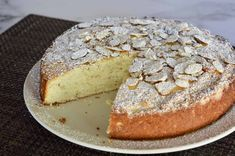 Italian Almond Ricotta Cake is the perfect Italian dessert. This recipe is full of flavor and so simple to make with ricotta cheese and almond extract. Ricotta Dessert, Ricotta Cake, Ricotta Cheesecake, Italian Cheesecake, Baking Recipes, Cake Recipes, Dessert Recipes, Soup Recipes, Keto Recipes