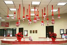 Top Office Christmas Decorating Ideas - Christmas Celebration - All about Christmas We spend a . Christmas Candy Cane Decorations, Christmas Themes, All Things Christmas, Christmas Fun, Christmas Ornaments, White Christmas, Amazon Christmas, Candy Cane Christmas Tree, Christmas Island
