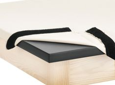 Great Idea for ho;ding canvas on the wedging table - much better than upholstery tacks. Clay Wedging Table