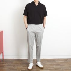 Mens Minimalist Fashion - My Minimalist Living Gents Fashion, Dope Fashion, Minimal Fashion, Stylish Mens Outfits, Casual Outfits, Men Casual, Korean Fashion Men, Kpop Fashion Outfits, Mens Style Guide