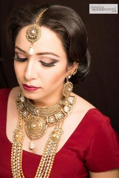 South Asian Indian Bridal Hair Makeup Jewellery - more inspiration @ http://www.ModernRani.com