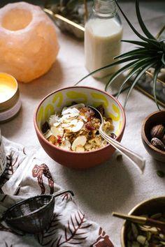 ayurvedic oats with cinnamon, nutmeg, and garam masala #vegan