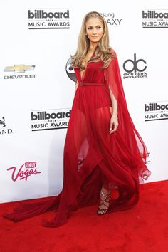 In Donna Karan - At the 2014 Billboard Music Awards in Las Vegas Billboard Music Awards 2015, Versace Gown, Red Maxi, Different Dresses, Red Carpet Dresses, Donna Karan, Jennifer Lopez, Beautiful Dresses, Fall Outfits