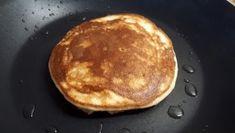 Diétás amerikai palacsinta szénhidrátcsökkentett lisztből Stevia, Pancakes, Food And Drink, Sweets, Breakfast, Cukor, Gym, Diet, Sweet Pastries