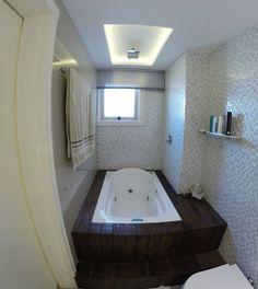 O banheiro que explicamos alguns detalhes no stories hoje de manhã! 😍🚿🛀🛁 #MicheleRavadeli #interiordesigner #design #decoration #decor #bathroom #bathtub #relax #relaxing #lighting #lightdesign