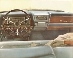 Images from the 1962 Lincoln Continental Brochure.