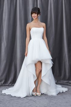 High-low love! #weddingdress #gown #obessed {Lis Simon}