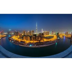 """A picture combining The Business Bay and Burj Khalifa """"Planet Business Bay"""" Taken by Ernie Manzano Voyage Dubai, Dubai Travel Guide, Stuff To Do, Things To Do, Dubai City, Burj Khalifa, E Bay, Travel Guides, Planets"""