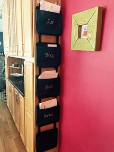 Thirty-One Gifts - Oh Snap Pockets can be used for organizing anything. #ThirtyOneGifts #ThirtyOne  #Organization