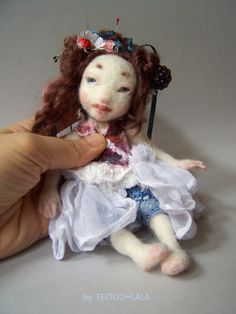 art doll by FELTOOHLALA.Needle felted.